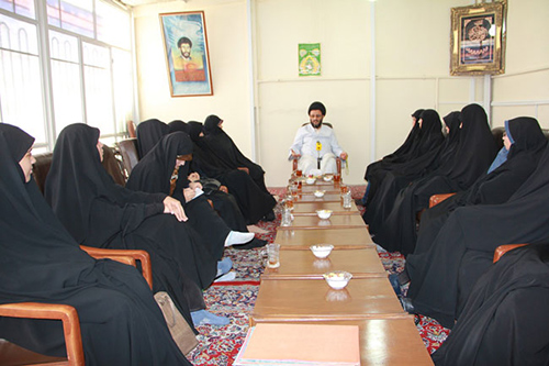 دیدار خواهران طلبه و حسینی مزاری